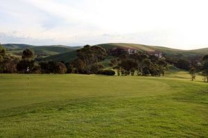 Victor Harbor – Penguins, Granite Island and Tram attractions in wirrina cove